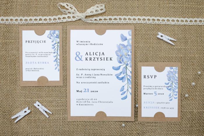 zaproszenie z dodatkowymi karteczkami z niebieską wisterią