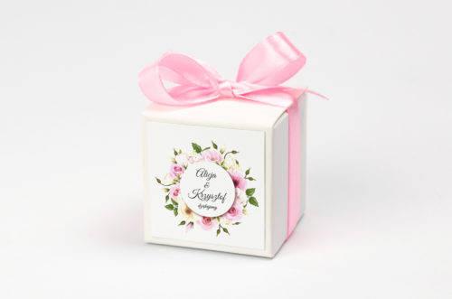 pastelowe-kwiaty-pudelkonakrowki