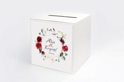 pudełko na kopert we wzorze wianka z czerwonych kwiatów