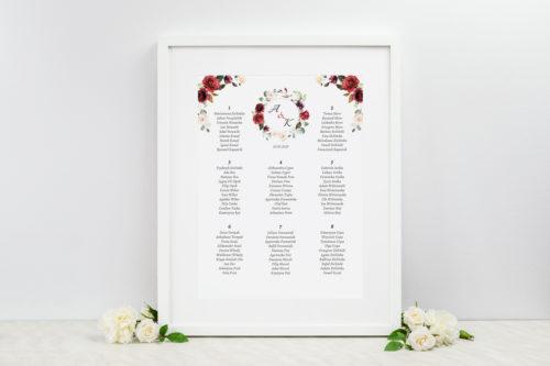 tablica weselna we wzorze czerwonych kwiatów