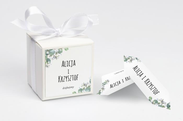 ozdobne-pudeleczko-z-personalizacja-botaniczne-gipsowka-kokardka--krowki-z-dwiema-krowkami-papier--pudelko-