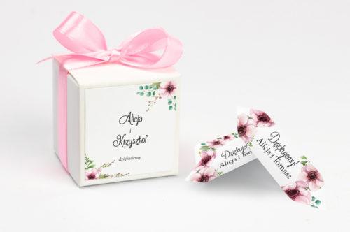 pudełko na krówki w pastelowe kwiaty
