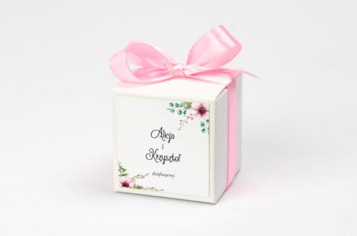 pudełeczko na krówki w pastelowe kwiaty