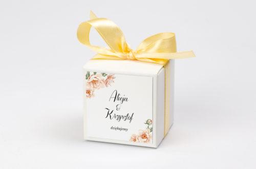 pudełko na krówki w różowe kwiaty