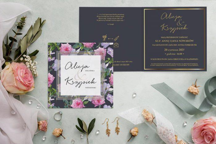 zaproszenie ślubne kwadratowe z różowymi kwiatami