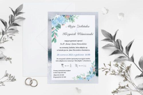 niebieskie kwiaty ze srebrną podkładką