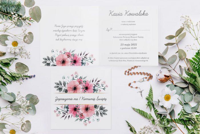 zaproszenie komunijne z kwiatami różowymi i paskiem