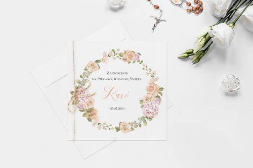 zaproszenie komunijne z wiankiem kwiatów róż pastelowych