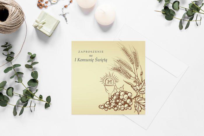 zaproszenia-na-komunie-kwadratowe-z-kwiatami-wzor-13-papier-matowy-koperta-k4-szara