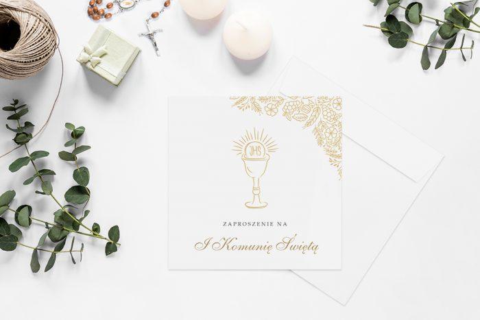 zaproszenia-na-komunie-kwadratowe-z-kwiatami-wzor-2-papier-matowy-koperta-k4-szara