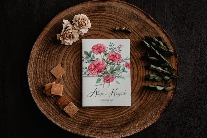 zaproszenie ślubne z czerwonymi kwiatami