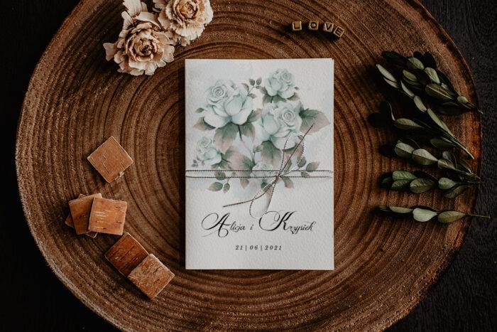 zaproszenie ślubne z błękitnymi różami
