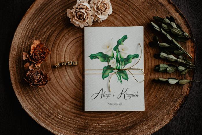 zaproszenie ślubne z białymi liliami