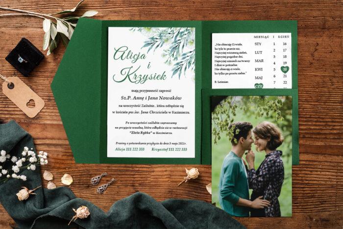 zaproszenie-na-slub-zdjeciekalendarz-w-folderze-zielona-natura-papier-matowy-folder-z-kieszonkami-