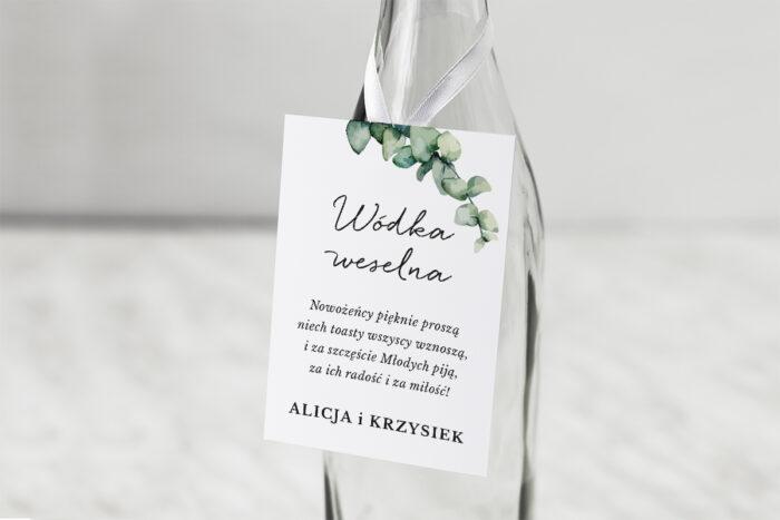 zawieszka-na-alkohol-do-zaproszenia-jednokartkowe-recyklingowe-galazki-eukaliptusa-dodatki-zawieszka-papier-matowy