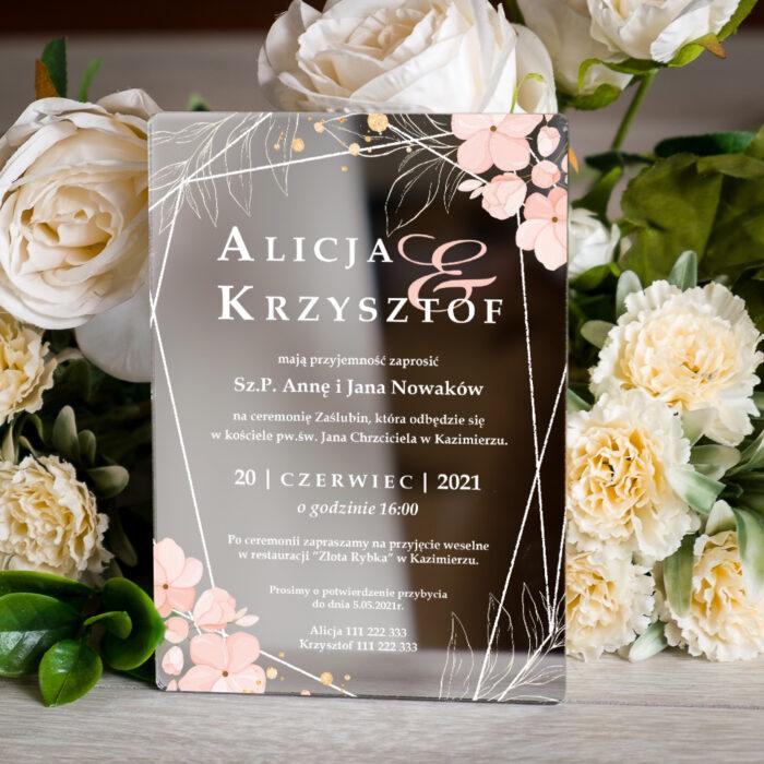 zaproszenie ślubne na pleksie srebrnej z kwiatami