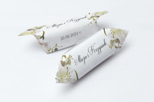 Krówki ślubne 1 kg do zaproszenia Jednokartkowe Recyklingowe - Eleganckie lilie