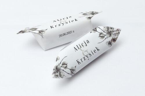 Krówki ślubne 1 kg do zaproszenia Jednokartkowe Recyklingowe - Kwiaty bawełny