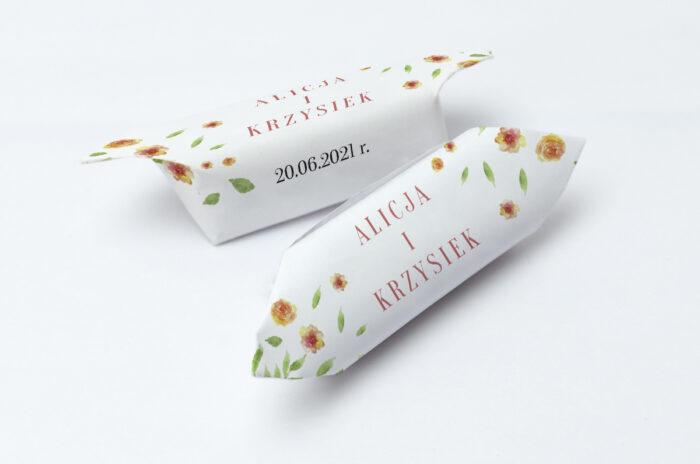 krowki-slubne-1-kg-do-zaproszenia-jednokartkowe-recyklingowe-rozrzucone-kwiaty-papier-papier60g