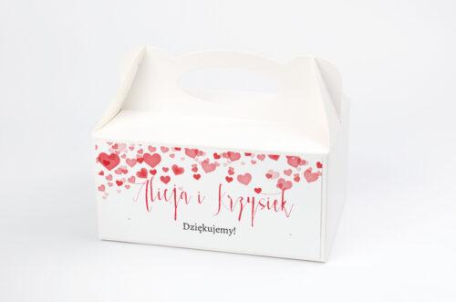 pudełko na ciasto w czerwone serduszka