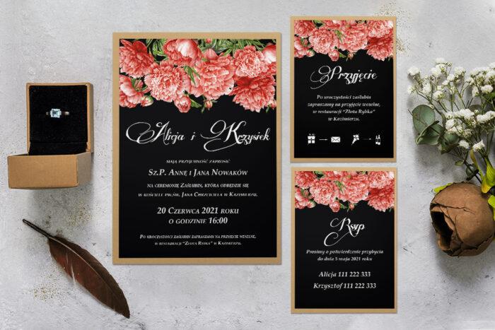 zaproszenie ślubne z podkładką i czerwonymi kwiatami z rsvp i dodatkowa karteczka