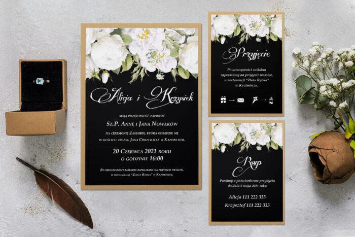 zaproszenie ślubne z podkładką i białymi kwiatami z rsvp i dodatkowa karteczka