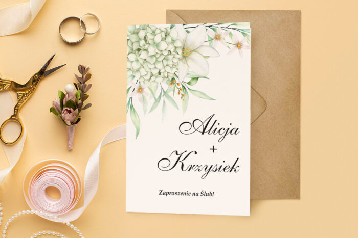 zaproszenie ślubne harmonijka z subtelnym bukietem kwiatów