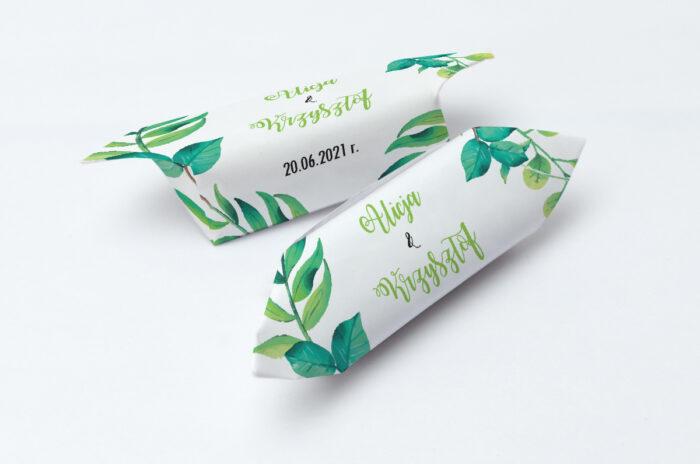 krowki-slubne-1-kg-kwadratowe-zielony-wianek-papier-papier60g