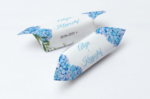 Krówki ślubne 1 kg Wianki z kokardą - Niebieskie Hortensje