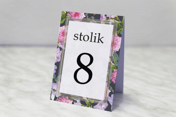 numer-stolika-pasujacy-do-zaproszenia-tlo-z-kwiatow-wzor-10-papier-matowy
