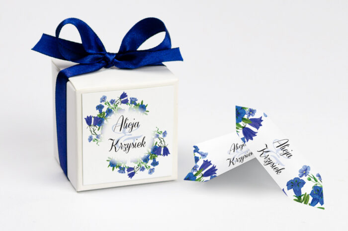 ozdobne-pudeleczko-z-personalizacja-zaproszenia-kwiaty-vintage-wzor-1-kokardka--krowki-z-dwiema-krowkami-papier--pudelko-