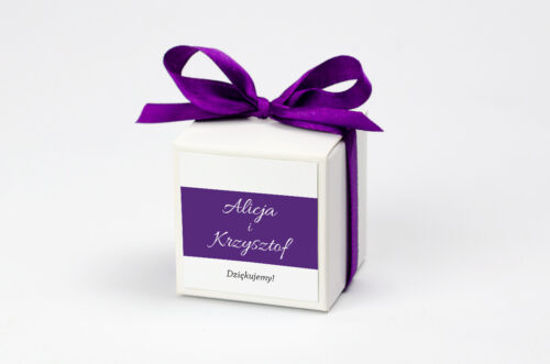 ozdobne pudełeczko na krówki z personalizacją