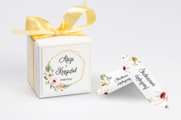 ozdobne-pudeleczko-z-personalizacja-do-zaproszenia-ze-zdjeciem-i-sznurkiem-sloneczne-kwiaty-kokardka--krowki-z-dwiema-krowkami-papier--pudelko-