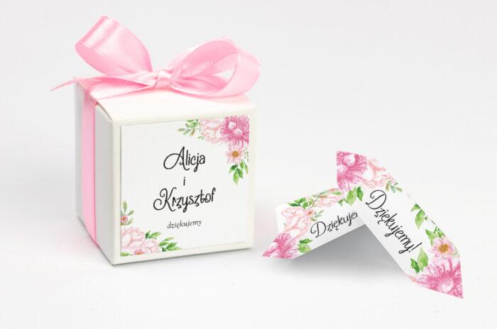 ozdobne-pudeleczko-z-personalizacja-do-zaproszenia-ze-zdjeciem-i-sznurkiem-pastelowe-kwiaty-w-rozu-kokardka--krowki-z-dwiema-krowkami-papier--pudelko-