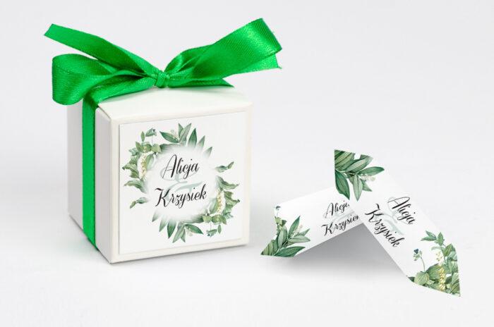 ozdobne-pudeleczko-z-personalizacja-zaproszenia-kwiaty-vintage-wzor-8-kokardka--krowki-z-dwiema-krowkami-papier--pudelko-