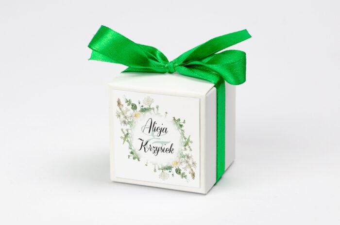 pudełeczko personalizowane na krówki we wzorze kwiatów vintage