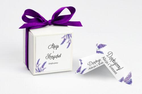Ozdobne pudełeczko z personalizacją do zaproszenia ze zdjęciem i sznurkiem - Lawendowy ślub