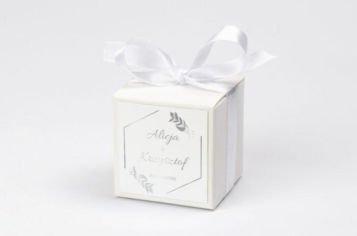Pudełko na krówki do zaproszenia Srebrne Lustro – Liście Eukaliptusa