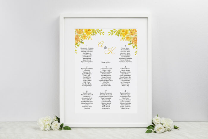 plan-stolow-weselnych-zdjeciekalendarz-w-folderze-zolte-roze-dodatki-ramka-papier-