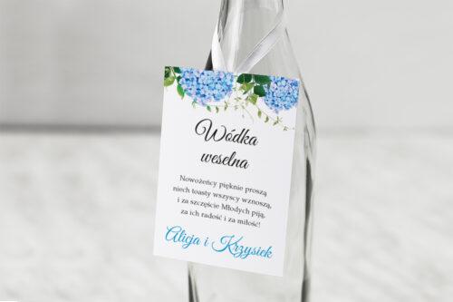 Zawieszka na alkohol do zaproszeń Wianki z kokardą - Niebieskie Hortensje