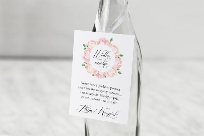 zawieszka-na-alkohol-do-zaproszen-wianki-z-kokarda-herbaciane-roze-dodatki-zawieszka-papier-matowy