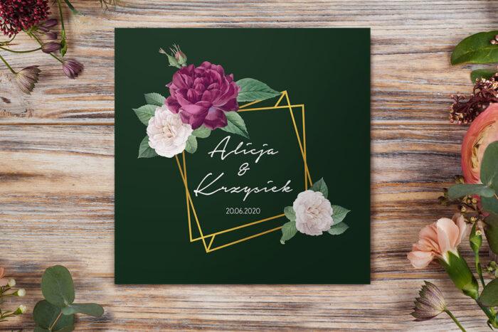 eleganckie-zaproszenie-slubne-kontrastowe-z-kwiatami-burgundowa-roza-papier-matowy-koperta-bez-koperty