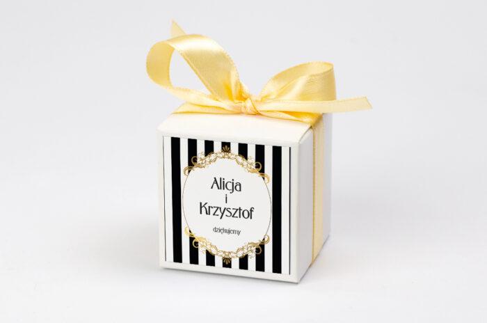 Ozdobne pudełeczko z personalizacją - Z nawami- Alicja w Krainie Czarów