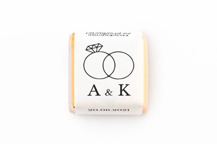 czekoladka-z-personalizacja-zlote-obraczki-papier-papier60g
