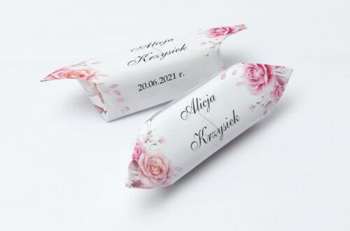 Krówki ślubne 1 kg do zaproszenia Akwarelowe Bukiety – Róże na jasnym tle