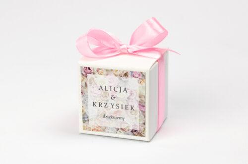 Ozdobne pudełeczko na krówki z personalizacją - Fotograficzne Kwiaty - Pudrowe Róże