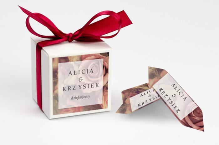 Ozdobne pudełeczko na krówki z personalizacją - Fotograficzne Kwiaty - Herbaciane Róże