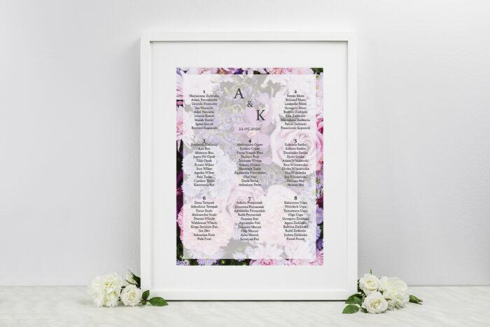 plan-stolow-weselnych-do-zaproszenia-fotograficzne-kwiaty-rozowo-fioletowy-bukiet-dodatki-ramka-papier-matowy