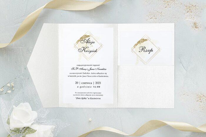 zaproszenie-slubne-brokatowe-w-folderze-biale-papier-perlowy-folder-z-kieszonkami-zloty-perlowy