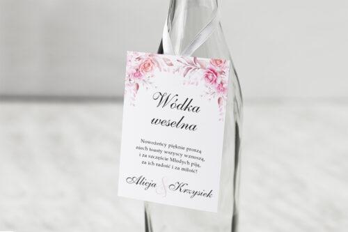 zawieszka na alkohol - różowe róże na białym tle